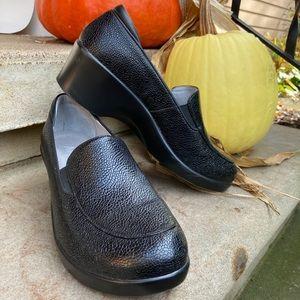 ALEGRIA | Emma Masonry Black Leather Dress Shoes